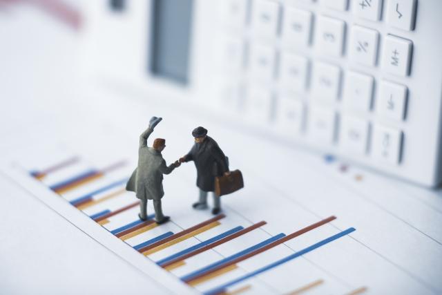 「都市銀行」「地方銀行」「信用金庫」の融資は、年商により変わる。
